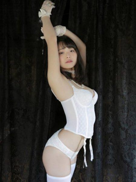 片岡沙耶 画像056