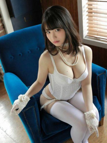 片岡沙耶 画像059
