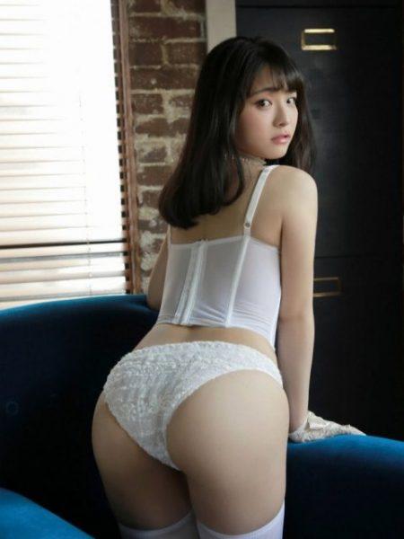 片岡沙耶 画像065