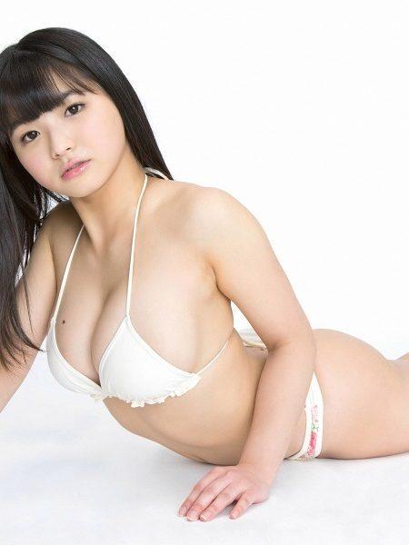 片岡沙耶画像300