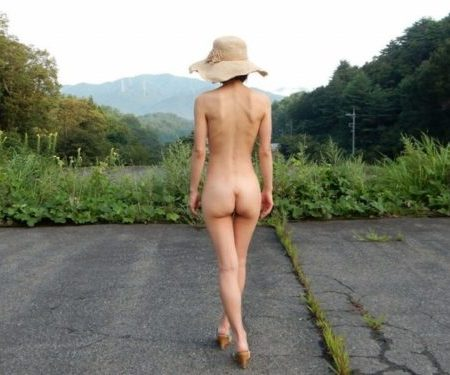 熟女野外露出画像123
