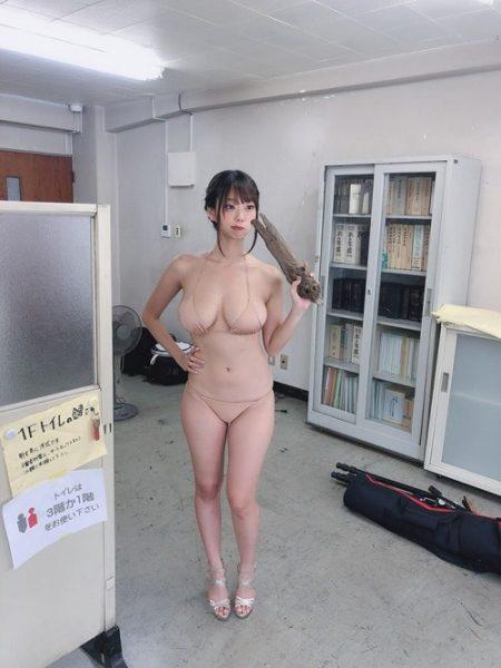 青山ひかる 画像008