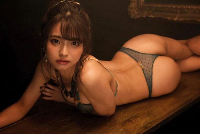 片岡沙耶 グラビアエロ画像