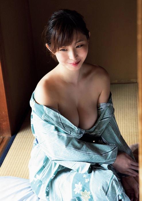 塩地美澄 画像01_009