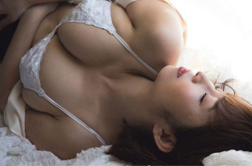 塩地美澄 画像01_019