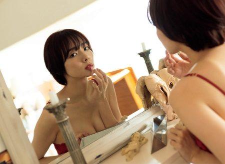 岡田紗佳 画像009