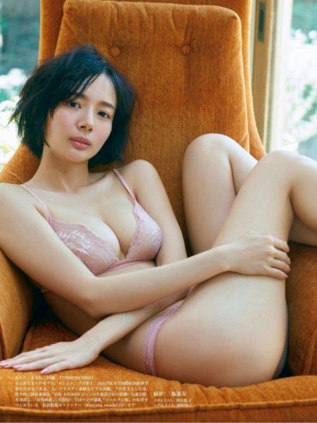 岡田紗佳 画像017