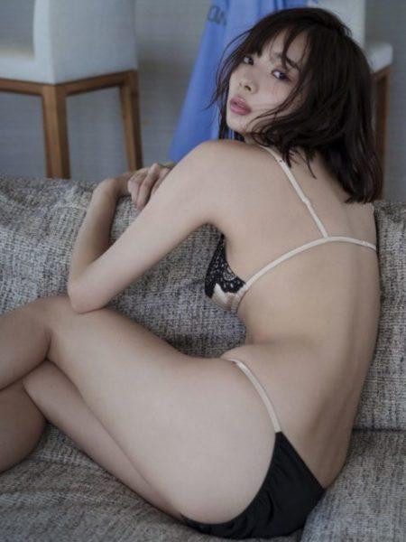 岡田紗佳 画像099
