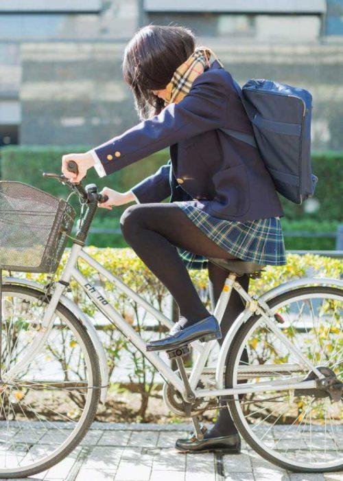 黒髪女子エロ画像171