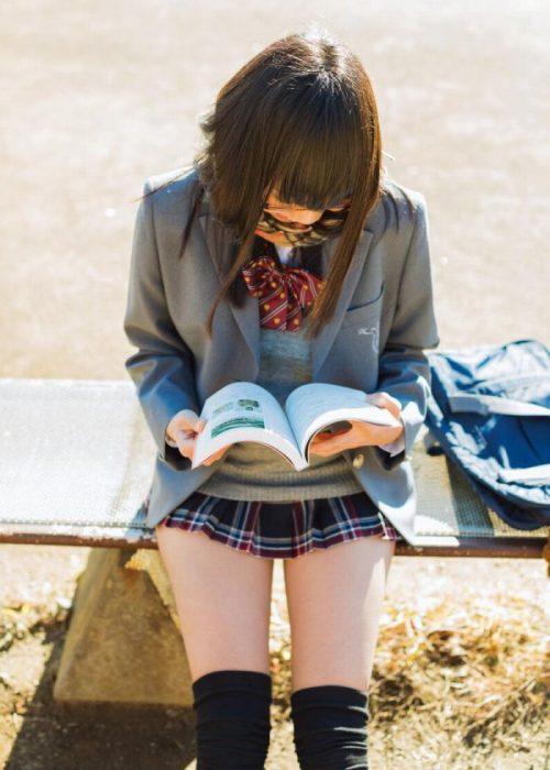 黒髪女子エロ画像193