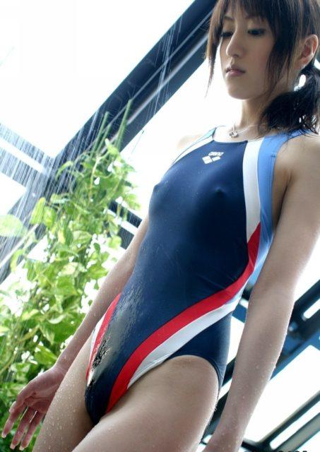競泳水着エロ画像326