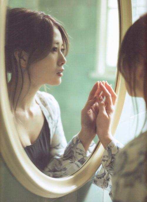 白石麻衣画像 エロ画像033