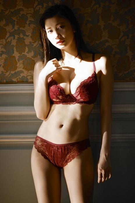 小倉優香エロ画像051