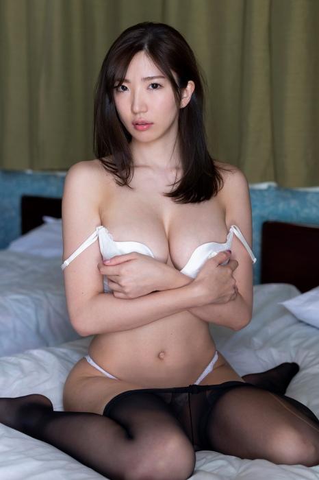 松嶋えいみエロ画像004