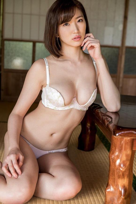 松嶋えいみエロ画像064