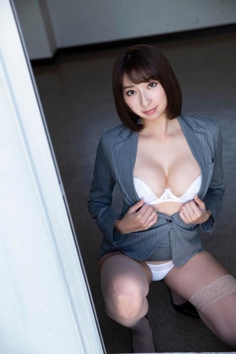 緒方咲 エロ画像023