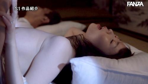 夢乃あいか エロ画像044