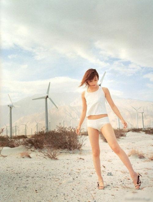 新山千春 エロ画像109