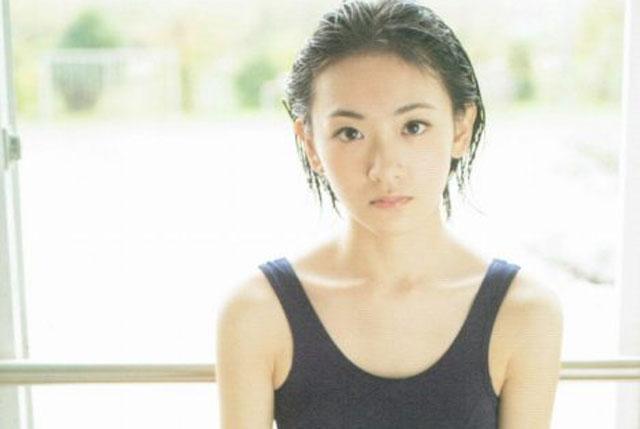 生駒里奈 エロ画像