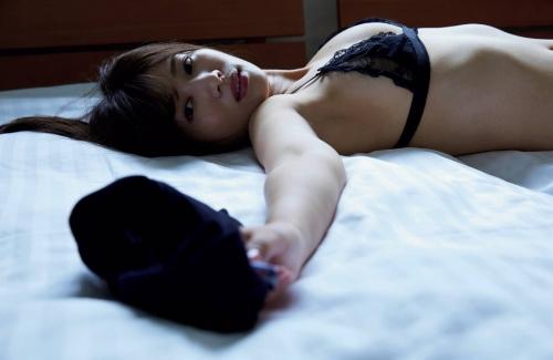 石岡真衣 エロ画像01_009