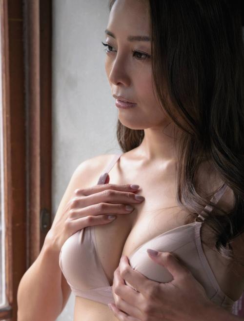 熊田曜子 エロ画像01_003