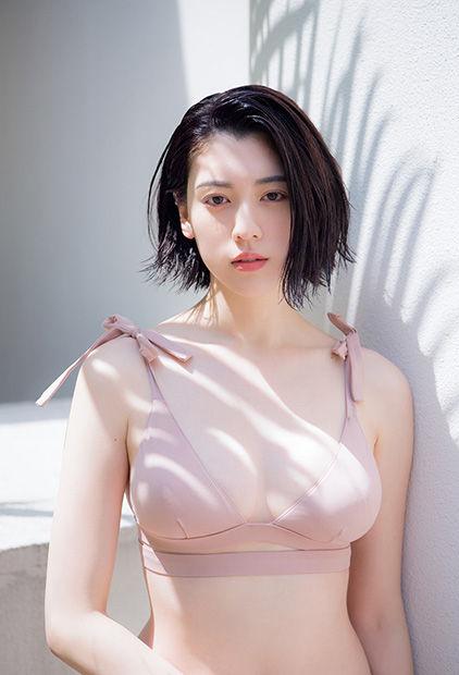 三吉彩花エロ画像010
