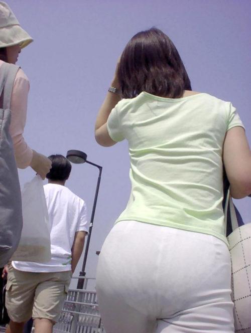 透けパンエロ画像011