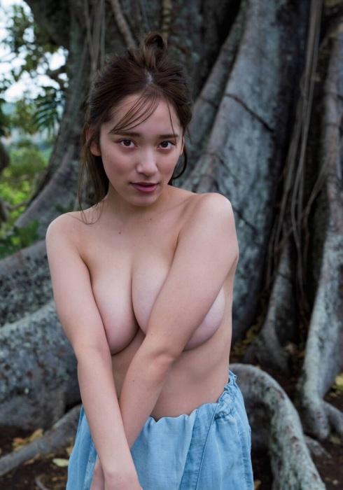 都丸紗也華 エロ画像054