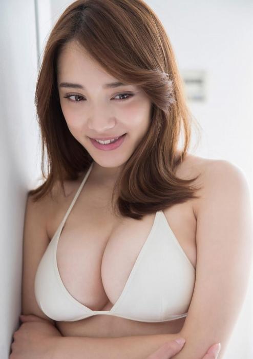 都丸紗也華 エロ画像076