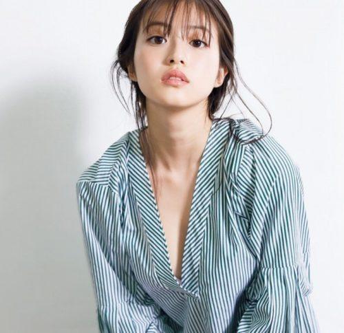 今田美桜グラビア画像059