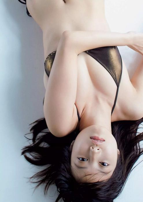今田美桜グラビア 画像125