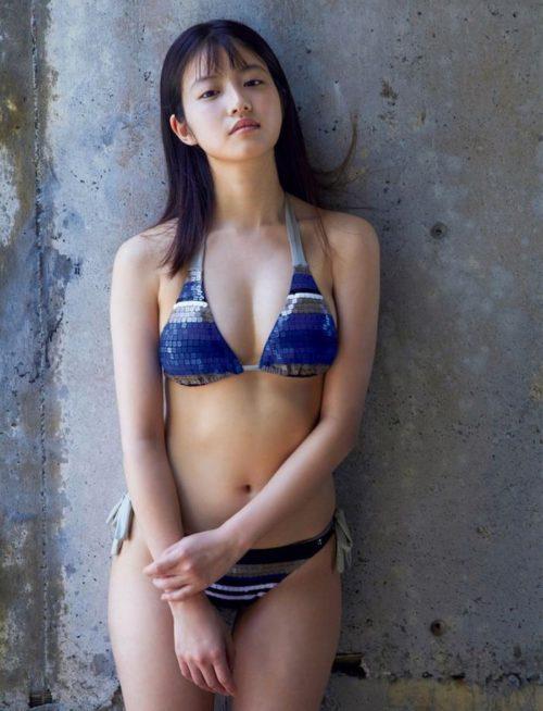 今田美桜グラビア 画像154