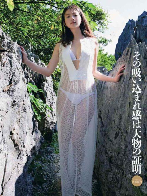 今田美桜グラビア 画像157