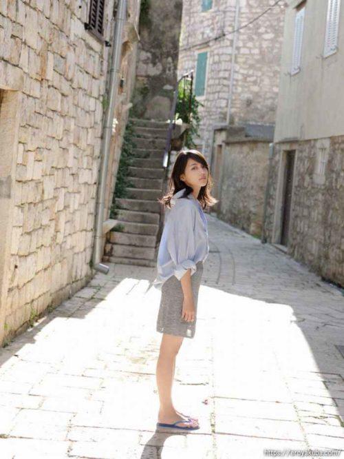 川口春奈グラビア画像040