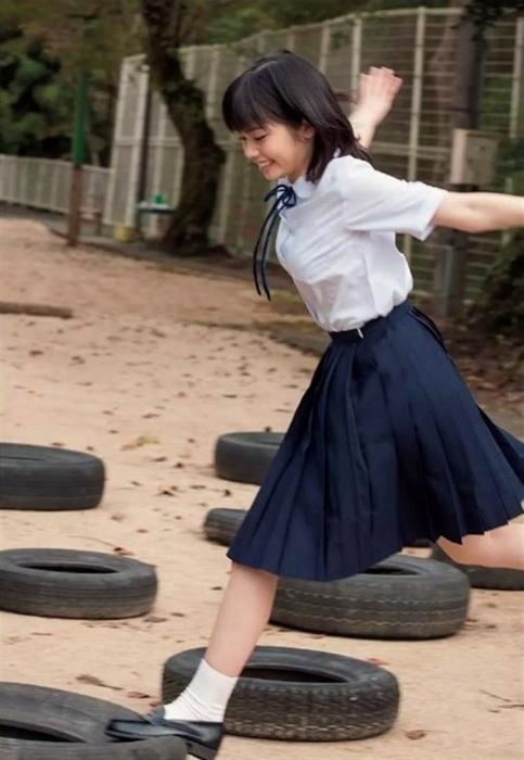 小芝風花 エロ画像045