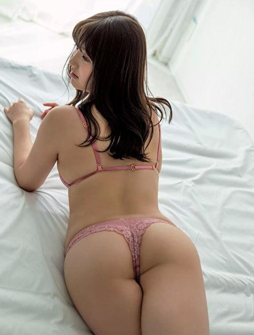 大和田南那 エロ画像081