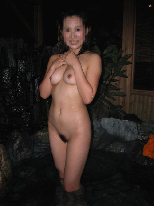 素人温泉エロ画像007