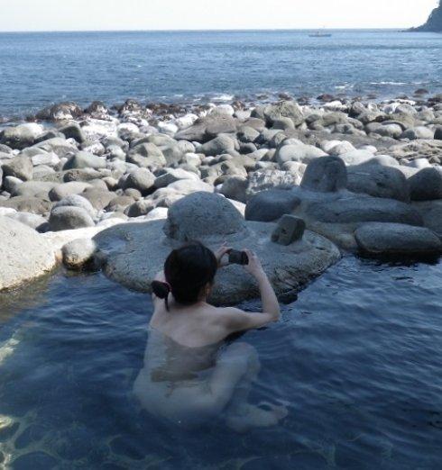 素人温泉エロ画像054