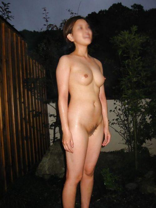 素人温泉エロ画像065