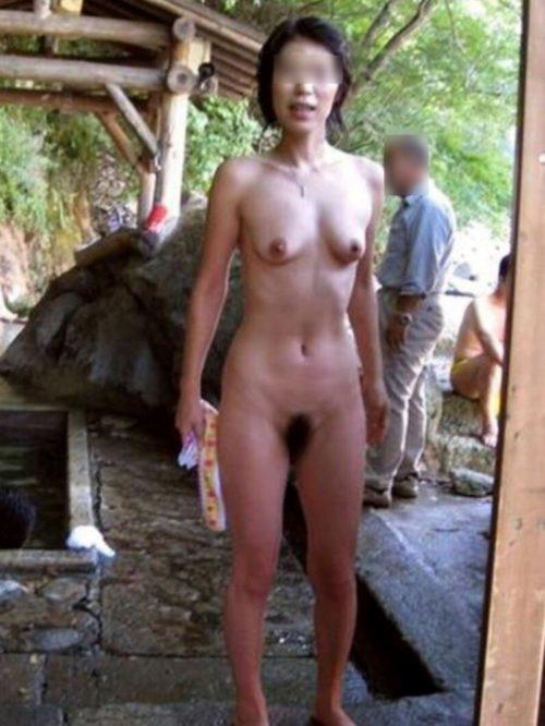 素人温泉エロ画像072