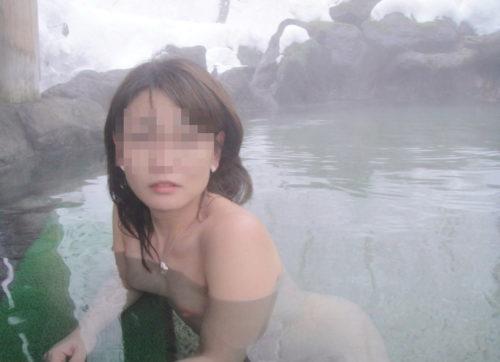 素人温泉 エロ画像109