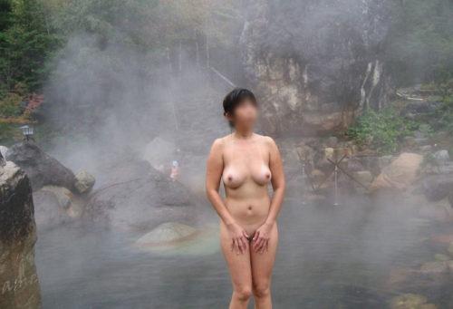 素人温泉 エロ画像111