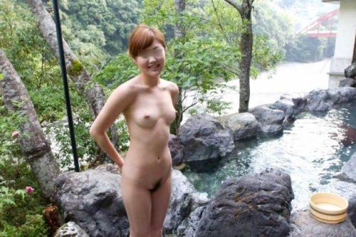 素人温泉 エロ画像122
