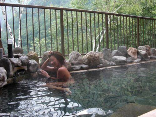 素人温泉 エロ画像123