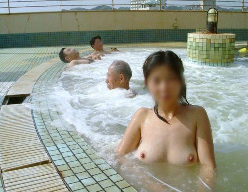 素人温泉 エロ画像133