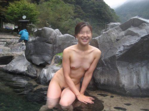 素人温泉 エロ画像187