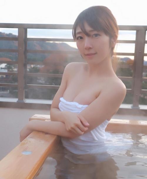 素人温泉 エロ画像204