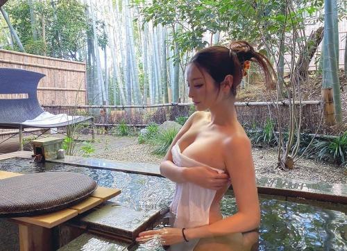 素人温泉 エロ画像220