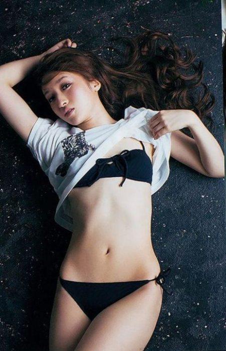 梅田彩佳エロ画像023