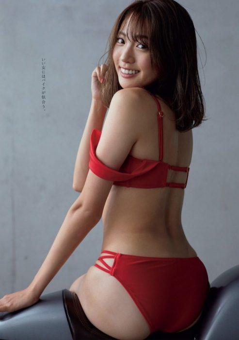 志田友美エロ画像224